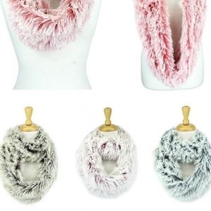 ⭐️Faux Fur Infinity Scarf